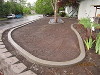 Flower bed curbs